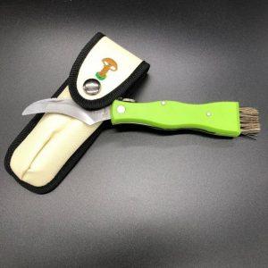 couteau-droit-a-champignons-avec-manche-en-plastique-vert